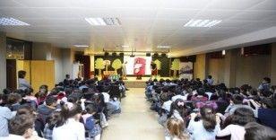 Sultangazi'de tiyatro ile 'Sıfır Atık' bilinci