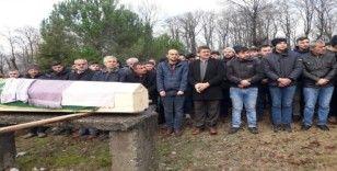 Trafik kazasında ölen genç göz yaşları arasında toprağa verildi