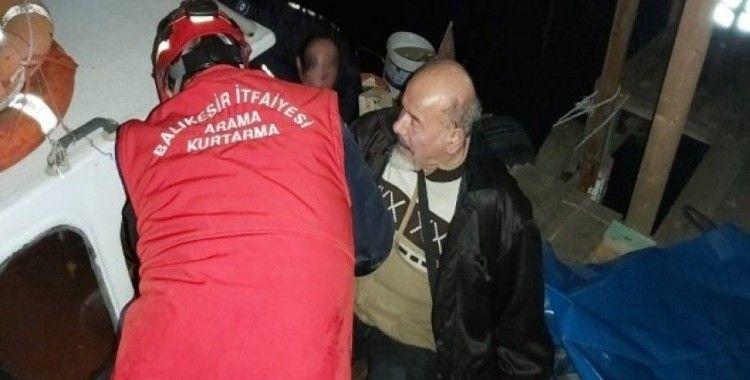Köprüden dereye düşen yaşlı adamı itfaiye kurtardı