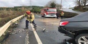 Ümraniye'de iki araç kafa kafaya çarpıştı: 2 yaralı