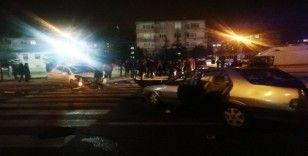 Kayseri'de 2 araç kavşakta çarpıştı: 4 yaralı