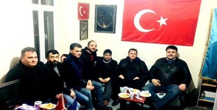 Havran'da MHP'den kaz etli pilav gecesi