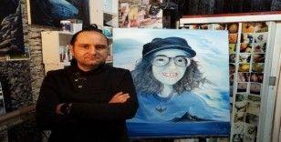 (Özel) Ölümüyle Türkiye'yi yasa boğan Sibel Ünli'yi ölümsüzleştirmek için portresini yaptı