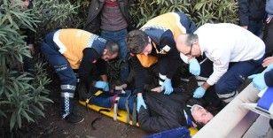 İşçileri taşıyan midibüs devrildi: 30 yaralı