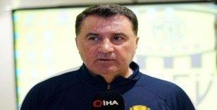 """(Özel haber) Mustafa Kaplan: """"İki kanat, 1 santrfor oyuncusuna ihtiyacımız var"""""""
