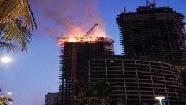 Suudi Arabistan'da inşaat halindeki kulede yangın