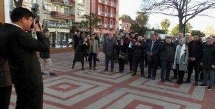 Haber konusu olan gazeteciler olunca, fotoğrafları belediye başkanı çekti