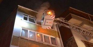 Şişli'de bir kadın sattığı evi ateşe verip kaçtı