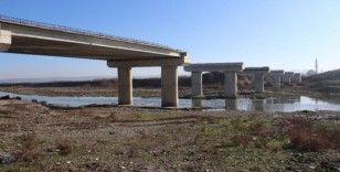 Bursa'da yıllardır beklenen 3'üncü köprü inşaatı başladı