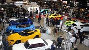 Tokyo'daki modifiye araç fuarında yüzlerce araç görücüye çıktı