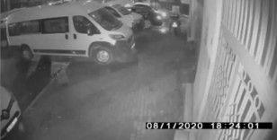 """(Özel) Vatandaşların gözü önünde """"pes"""" dedirten motosiklet hırsızlığı kamerada"""