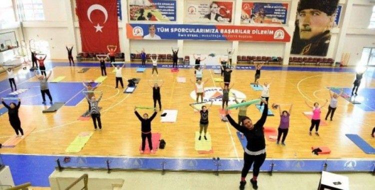 Muratpaşa'da sabah sporu programları