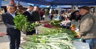 Başkan Nedim Kaplan alışverişini Çakırbeyli pazarından yaptı