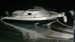 Çeşme'de kaçakları taşıyan tekne battı