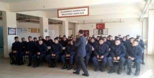 Jandarma personeli 'Kadına şiddetle mücadele' eğitiminden geçti