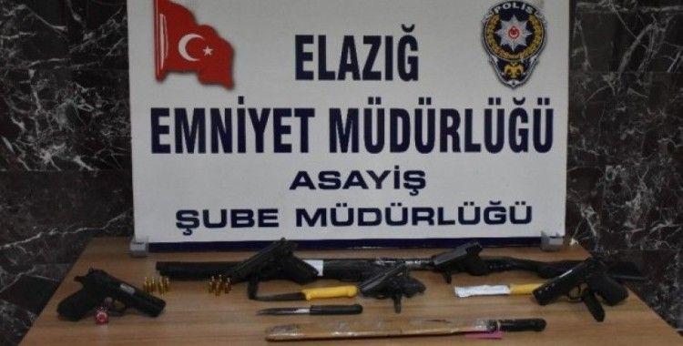 Elazığ polisinin şok uygulamalarında, 7 silah ele geçirildi