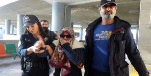 Uçakta 'FETÖ'cüyüm' diye bağıran kadının ceza ehliyeti tespit edilecek