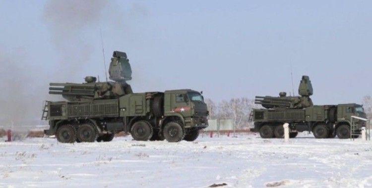 Rusya 25 bin askeriyle tatbikata başladı