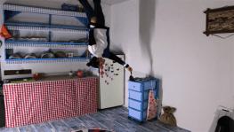 Bu evde bir terslik var