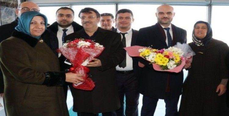 AK Parti ilçe başkanlarına coşkulu karşılama