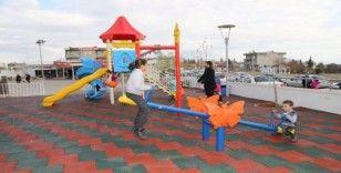 Çocuk hastanesine oyun parkı kuruldu