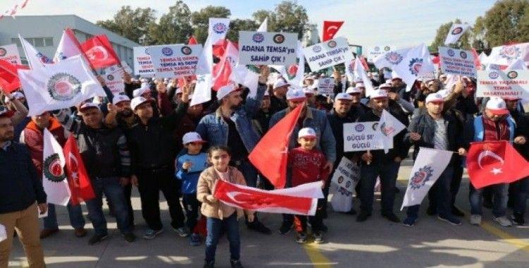 Temsa fabrikasında işçiler, üretimin yeniden başlaması talebiyle eylem yaptı