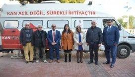 Kuşadası'nda Lösemi hastası Mehmet öğretmen için seferberlik