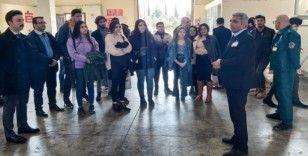 GAÜN öğrencilerinden Gaziantep Havalimanı Gümrük Müdürlüğü'ne inceleme gezisi