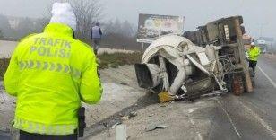 Edirne'de beton mikser yan yattı: 1 yaralı