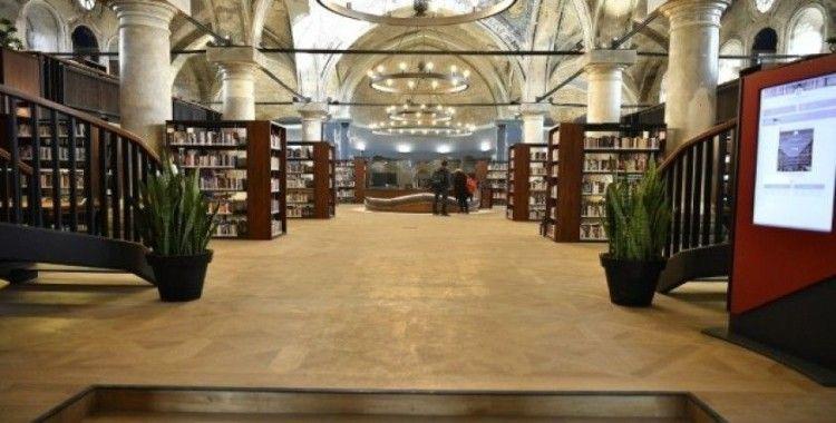 Şehir Kütüphanesi'ne tam not