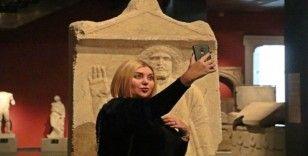Antalya'da Müzesi'nde 'selfie' günü