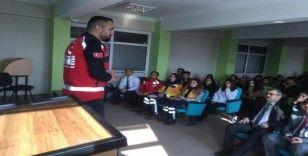 Hakkari'de ilk yardım eğitim etkinliği düzenlendi