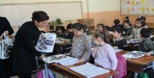Başkan Köse öğrencilere kitap hediye etti