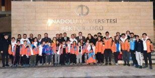Erzurum Kayak Kulübü Başkanı Alaftargil, Rektör Çomaklı'yı ziyaret etti