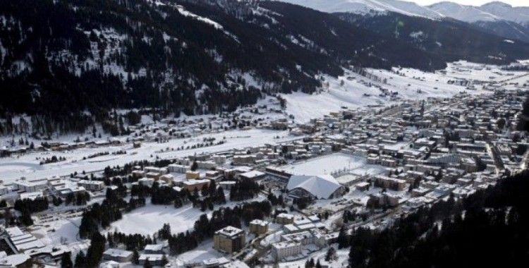 Dünya Ekonomik Forumu'nun düzenleneceği Davos'ta oda fiyatları tavan yaptı