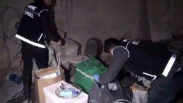 İstanbul'da çelik kasada uyuşturucu sevkiyatı polise takıldı