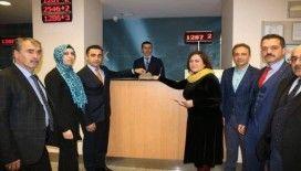 Rize'de öğrencilerin bileklik yaparak elde ettikleri 7 Bin 800 TL'lik gelir lösemi hastalarına gönderildi