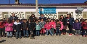 Radikal Okulları'ndan Çınar'daki öğrencilere yardım eli