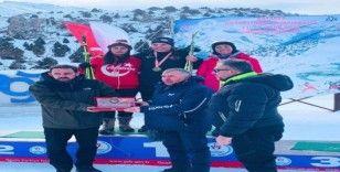 Van Büyükşehir Belediyesi milli takıma sporcu gönderdi