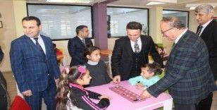 Kaymakam Doğan, Atatürk İlkokulunda incelemelerde bulundu