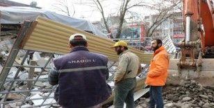 (Özel) Çöken binadan son anda kurtulan işçiler korku dolu anları anlattı