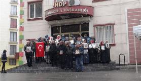 HDP önündeki ailelerin evlat nöbeti 137'inci gününde