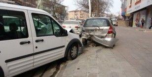 Başkent'te dolmuş kazası: 7 yaralı