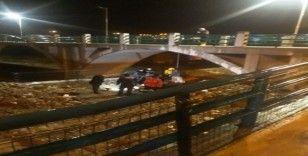 Sinop'ta bir vatandaş köprüye asılı halde bulundu