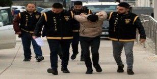 10 eve tırmanıp 100 bin liralık eşya çalan iki hırsız tutuklandı