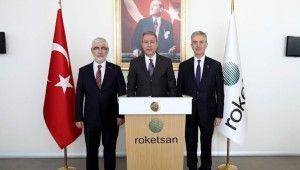 Milli Savunma Bakanı Akar'dan Yunanistan'a tepki