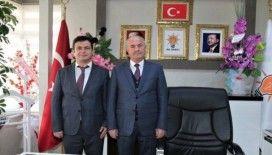 Başkan Akman'dan İlçe Başkanı Başdinç'e 'hayırlı olsun' ziyareti