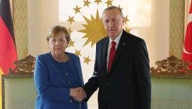 Alman basını: 'Göçmen krizi sadece Türkiye ile birlikte çözülebilir'