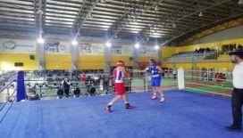 Genç Erkekler Boks İl Şampiyonası finali başladı