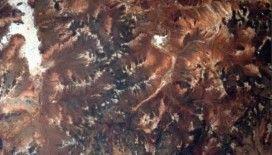 2,2 milyar yıl önce göktaşı çarpması sonucu oluşan en eski krater Avustralya'da keşfedildi